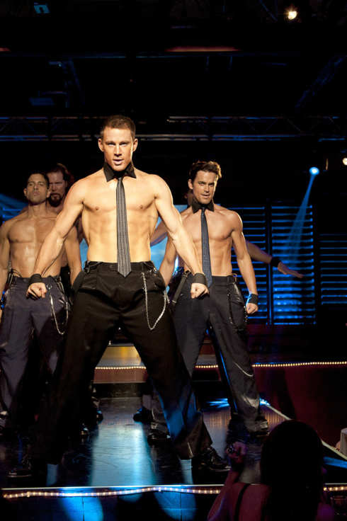 "(L-r) ADAM RODRIGUEZ as Tito, KEVIN NASH as Tarzan, CHANNING TATUM as Mike, and MATT BOMER as Ken in Warner Bros. Pictures' dramatic comedy ""MAGIC MIKE"""