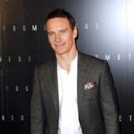 Irish-German actor Michael Fassbender poses during a photocall for the Premiere of  &quot;Prometheus&quot; on April 11, 2012 in Paris. AFP PHOTO THOMAS SAMSON        (Photo credit should read THOMAS SAMSON/AFP/GettyImages)