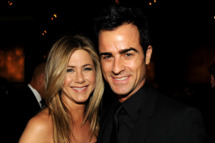 HOLLYWOOD, CA - JANUARY 28:  Actress-director Jennifer Aniston and actor-director Justin Theroux attend the 64th Annual Directors Guild Of America Awards cocktail reception held at the Grand Ballroom at Hollywood & Highland on January 28, 2012 in Hollywood, California.  (Photo by Kevin Winter/Getty Images for DGA)