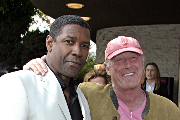 "WESTWOOD, CA - APRIL 18:  Actor Denzel Washington (L) and director Tony Scott attend Regency Enterprises and Twentieth Century Fox's ""Man on Fire"" Premiere at Mann National Theatre April 18, 2004 in Westwood, California.  (Photo by Giulio Marcocchi/Getty Images)"