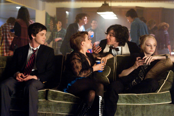 (L to R) LOGAN LERMAN, MAE WHITMAN, EZRA MILLER and  ERIN WILHELMI star in THE PERKS OF BEING A WALLFLOWER    Ph: John Bramley  © 2011 Summit Entertainment, LLC.  All rights reserved.