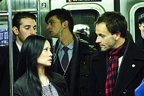 """Pilot""-- ELEMENTARY stars Jonny Lee Miller as detective Sherlock Holmes and Lucy Liu as Dr. Joan Watson in a modern-day drama about a crime solving duo that cracks the NYPD'™s most impossible cases. ELEMENTARY premieres  Thursdays, September 27th,(10:00-11:00 PM ET/PT) on the CBS Television Network."