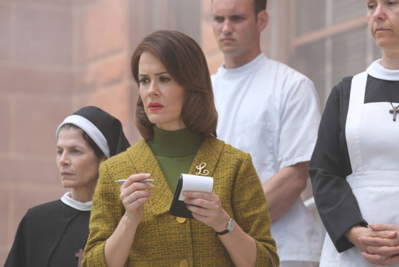 AMERICAN HORROR STORY Welcome to Briarcliff -- Episode 201 (Season Premiere, Wednesday, October 17, 10:00 pm e/p) -- Pictured: Sarah Paulson as Lana.
