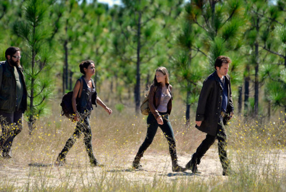 "REVOLUTION --  ""The Children's Crusade"" Episode 107 -- Pictured: (l-r) Zak Orth as Aaron, Daniella Alonso as Nora, Tracy Spiridakos as Charlie Matheson, Billy Burke as Miles Matheson"