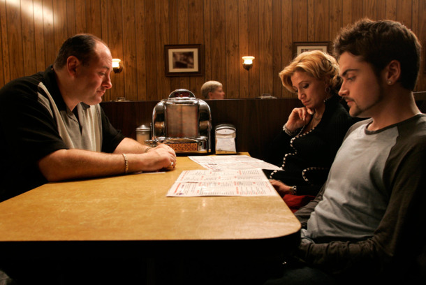 The Sopranos  &quot;Made In America&quot; - &quot;The gang shows up for family dinner&quot; - James Gandolfini (Tony Soprano) - Edie Falco (Carmela) - Robert Iler (Anthony Jr.)