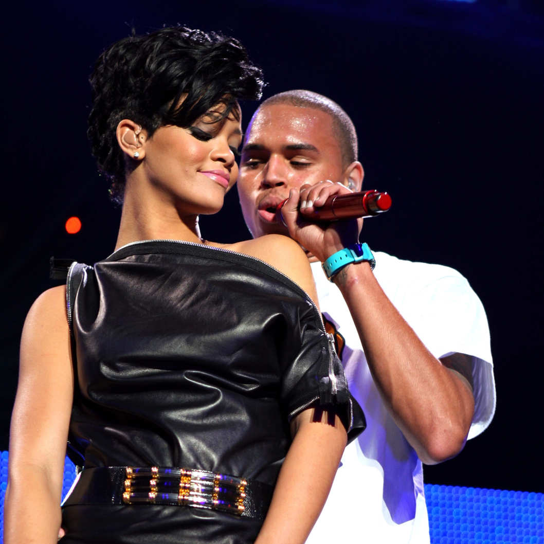 Singers Rihanna and Chris Brown perform on stage during Z100's Jingle Ball at Madison Square Garden on December 12, 2008 in New York City.