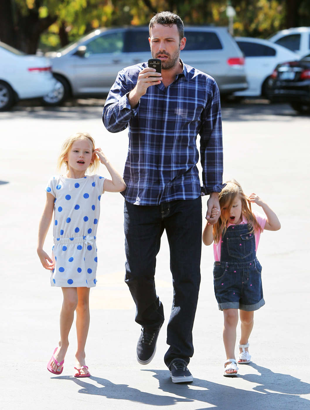 Ben Affleck takes Violet and Seraphina to the Farmers Market in Pacific Palisades, California.