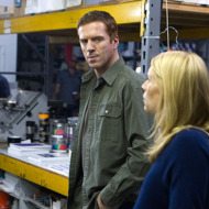"Damian Lewis as Nicholas ""œNick"" Brody and Claire Danes as Carrie Mathison in Homeland (Season 2, Episode 12)."