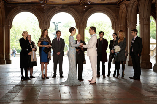 GOSSIP GIRL-- 'New York, I Love You XOXO' --  Pictured (L-R): Kelly Rutherford as Lily Van Der Woodsen, Zuzanna Szadkowski as Dorota, Margaret Colin as Eleanor Waldorf, Desmond Harrington as Jack Bass, Leighton Meester as Blair Waldorf, Wallace Shawn as Cyrus Rose, Ed Westwick as Chuck Bass, Penn Badgley as Dan Humphrey, Michelle Trachtenberg as Georgina Sparks, Blake Lively as Serena Van Der Woodsen and Chace Crawford as Nate Archibald