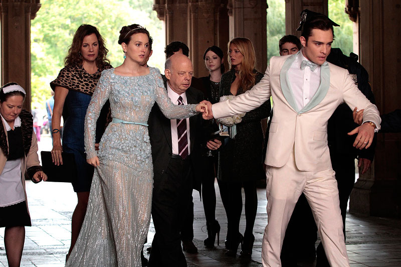 GOSSIP GIRL-- 'New York, I Love You XOXO' -- Pictured (L-R): Zuzanna Szadkowski as Dorota, Margaret Colin as Eleanor Waldorf, Leighton Meester as Blair Waldorf, Wallace Shawn as Cyrus Rose, Michelle Trachtenberg as Georgina Sparks, Blake Lively as Serena Van Der Woodsen,  Chace Crawford as Nate Archibald and Ed Westwick as Chuck Bass