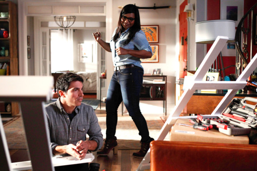 "THE MINDY PROJECT: Danny (Chris Messina, L) helps Mindy (Mindy Kaling, R) assemble bunk beds in the ""Bunk Bed"" episode of THE MINDY PROJECT airing Tuesday, Jan. 15 (9:30-10:00 PM ET/PT)"