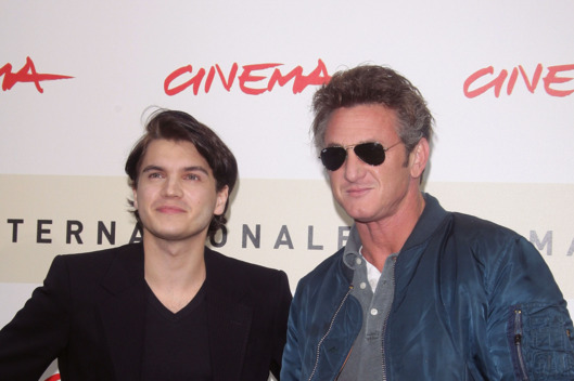 ROME - OCTOBER 24:  Emile Hirsch and Sean Penn attends the 'Into The Wild' photocall during Day 7 of the 2nd Rome Film Festival on October 24, 2007 in Rome, Italy.  (Photo by Pascal Le Segretain/Getty Images) *** Local Caption *** Emile Hirsch;Sean Penn