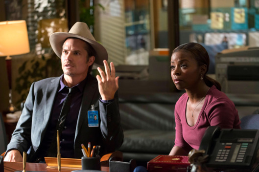 JUSTIFIED -- Truth and Consequences -- Episode 3 (Airs Tuesday, January 22, 10:00 pm e/p) -- Pictured: (L-R) Timothy Olyphant as Deputy U.S. Marshal Raylen Givens, Erica Tazel as Deputy U.S. Marshal Rachel Brooks