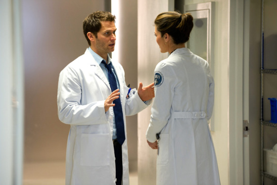 "DO NO HARM -- ""Pilot"" -- Pictured: (l-r) Steven Pasquale as Dr. Jason Cole/Ian Price, Alana De La Garza as Dr. Lena Solis"
