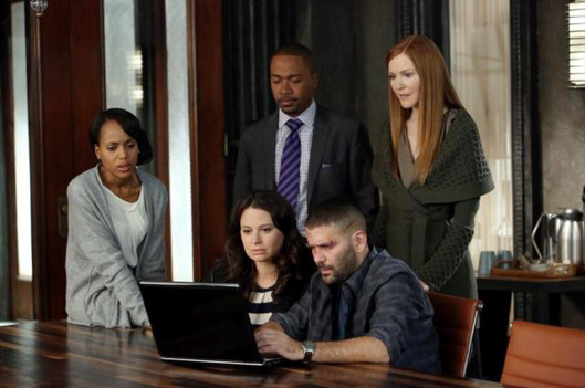 "SCANDAL - ""Truth or Consequences"" - After discovering the truth about the rigged White House election, the ""Gladiators in Suits"" realize that a quickly unraveling Olivia may not always wear the white hat. Meanwhile, Mellie is forced to take extreme measures to try and reel Fitz in, on ABC's ""Scandal,"" THURSDAY, JANUARY 31 (10:02-11:00 p.m., ET) on the ABC Television Network."