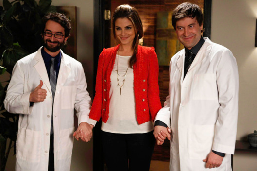 "THE MINDY PROJECT: Maria Menounos guest-stars as herself in the all-new ""Mindy's Minute"" episode of THE MINDY PROJECT airing Tuesday, Feb. 19 (9:30-10:00 PM ET/PT)"