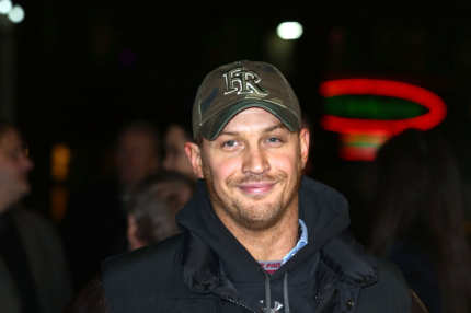 Tom Hardy attends the World Premiere of 'Jack Reacher' at Odeon Leicester Square on December 10, 2012 in London, England.