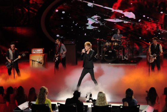 AMERICAN IDOL: Colton Dixon performs on AMERICAN IDOL airing Thursday, March 28
