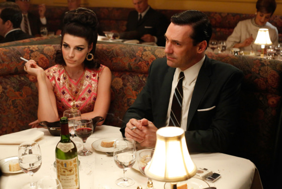 Megan Draper (Jessica Pare) and Don Draper (Jon Hamm) - Mad Men - Season 6, Episode 4 - Photo Credit: Jordin Althaus/AMC