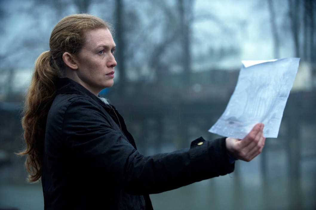 Sarah Linden (Mireille Enos) - The Killing