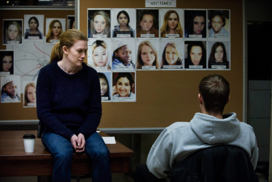 Sarah Linden (Mireille Enos) and Stephen Holder (Joel Kinnaman) - The Killing