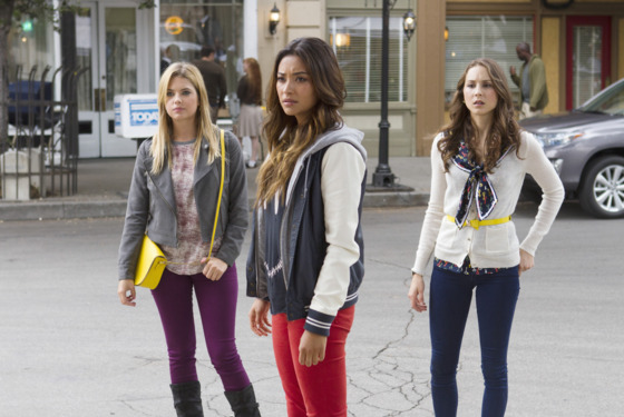 "PRETTY LITTLE LIARS - ""Now You See Me, Now You Don't"" - ""A"" sends the Liars on a quest that leads to Ravenswood in ""Now You See Me, Now You Don't,""  the summer finale episode of ABC Family's hit original series ""Pretty Little Liars,"" airing Tuesday, August 27th."