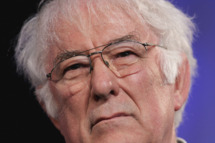 Poet Seamus Heaney reads from his new book of poetry, District and Circle, at the Guardian Hay Festival on May 29, 2006 in Hay-On-Wye, England.