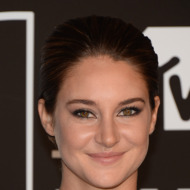 NEW YORK, NY - AUGUST 25:  Actress Shailene Woodley attends the 2013 MTV Video Music Awards at the Barclays Center on August 25, 2013 in the Brooklyn borough of New York City.  (Photo by Jamie McCarthy/Getty Images for MTV)