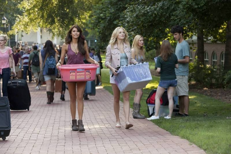 "The Vampire Diaries -- ?€?I Know What You Did Last Summer?€ -- Image Number: VD501b_0014.jpg ?€"" Pictured (L-R): Nina Dobrev as Elena and Candice Accola as Caroline ?€"" Photo: Annette Brown/The CW -- © 2013 The CW Network, LLC. All rights reserved."