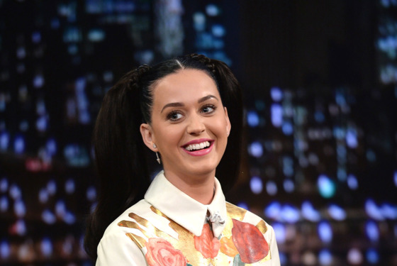"""NEW YORK, NY - OCTOBER 10:  Katy Perry visits """"Late Night With Jimmy Fallon"""" at Rockefeller Center on October 10, 2013 in New York City.  (Photo by Theo Wargo/Getty Images)"""