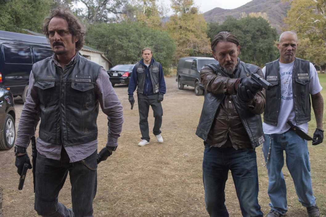 SONS OF ANARCHY You Are My Sunshine -- Episode 612 -- Airs Tuesday, December 3, 10:00 pm e/p) -- Pictured: (L-R) Kim Coates as Alex 'Tig' Trager, Tommy Flanagan as Filip 'Chibs' Telford, David Labrava as Happy -- CR: Prashant Gupta/FX
