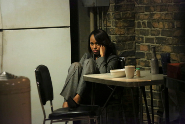 "SCANDAL - ""YOLO"" - As the team gets closer to the truth, loyalties are tested and relationships are pushed to the limit. Meanwhile, Cyrus has to deal with his own crisis and he realizes that he may have gone too far, on ABC's ""Scandal,"" THURSDAY, DECEMBER 5 (10:00-11:00 p.m., ET) on the ABC Television Network. (ABC/Richard Cartwright) KERRY WASHINGTON"