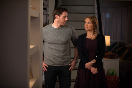"PARENTHOOD -- ""You've Got Mold"" Episode 514 -- Pictured: (l-r) Sam Jaeger as Joel, Erika Christensen as Julia."