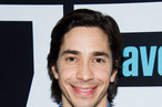 WATCH WHAT HAPPENS LIVE -- Pictured: Justin Long -- Photo by: Charles Sykes/Bravo/NBCU Photo Bank