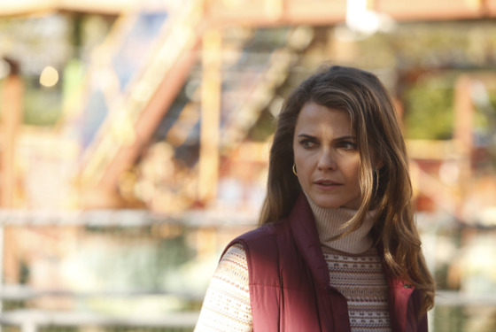 THE AMERICANS -- Comrades -- Episode 1 (Airs Wednesday, February, 26, 10:00 PM e/p) -- Pictured:  Keri Russell as Elizabeth Jennings -- CR: Craig Blankenhorn/FX
