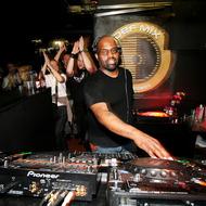DJ Frankie Knuckles