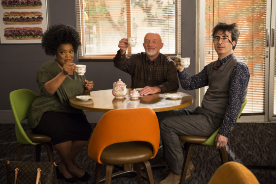 "COMMUNITY -- ""Basic Sandwich"" Episode 511 -- Pictured: (l-r) Yvette Nicole Brown as Shirley Bennett, Jonathan Banks as Professor Hickey, John Oliver as Professor Duncan -- (Photo by: Justin Lubin/NBC)"