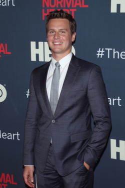 """NEW YORK, NY - MAY 12:  Actor Jonathan Groff attends """"The Normal Heart"""" New York Screening at Ziegfeld Theater on May 12, 2014 in New York City.  (Photo by Jim Spellman/WireImage)"""