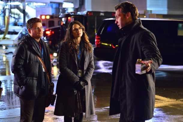 THE STRAIN -- Pictured: (L-R) Sean Astin as Jim Kent, Mia Maestro as Nora Martinez, Cory Stoll as Ephraim Goodweather. CR. Michael Gibson/FX