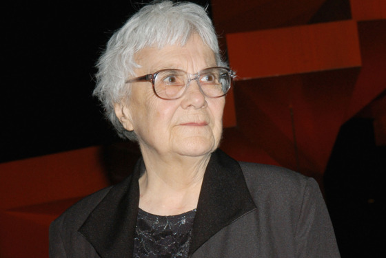 LOS ANGELES, CA - MAY 19:  Writer Harper Lee attends the Library Foundation of Los Angeles 2005 Awards Dinner honoring Harper Lee at the City National Plaza on May 19, 2005 in Los Angeles, California.  (Photo by Stephen Shugerman/Getty Images)