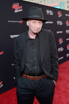 "HOLLYWOOD, CA - AUGUST 19:  Writer/director Frank Miller attends ""SIN CITY: A DAME TO KILL FOR"" premiere presented by Dimension Films in partnership with Time Warner Cable, Dodge and DeLeon Tequila at TCL Chinese Theatre on August 19, 2014 in Hollywood, California.  (Photo by Charley Gallay/Getty Images for The Weinstein Company)"