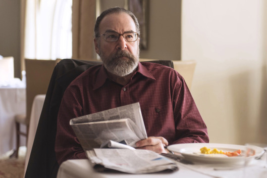 Mandy Patinkin as Saul Berenson in Homeland (Season 4, Episode 03). - Photo:  Joe Alblas/SHOWTIME - Photo ID:   homeland_403_07039.R