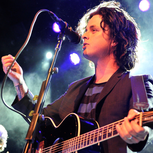 "SAN FRANCISCO, CA - MAY 15: Billie Joe Armstrong of Green Day performs at the 1st Annual ""Acoustic-4-A-Cure"" concert Benefiting the Pediatric Cancer Program at UCSF Benioff Children's Hospital at The Fillmore on May 15, 2014 in San Francisco, California. (Photo by Steve Jennings/WireImage)"