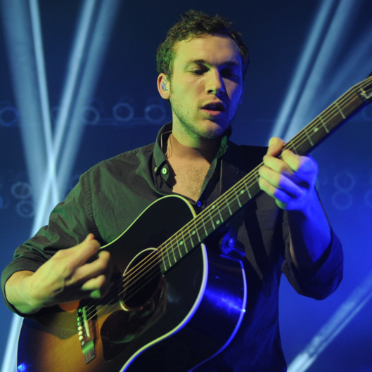 HOLLYWOOD, FL - NOVEMBER 15: Phillip Phillips performs at Hard Rock Live! in the Seminole Hard Rock Hotel & Casino on November 15, 2014 in Hollywood, Florida. (Photo by Larry Marano/Getty Images)