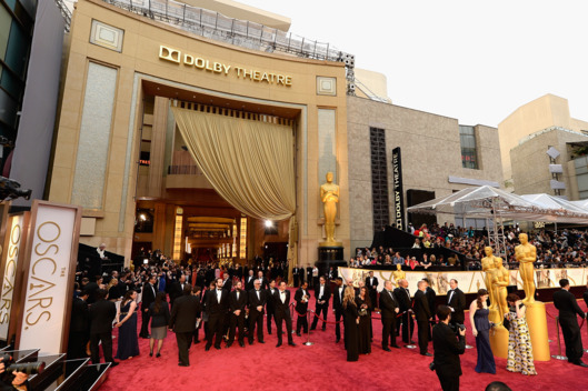 HOLLYWOOD, CA - MARCH 02:  A general view of the red carpet at the Oscars held at Hollywood & Highland Center on March 2, 2014 in Hollywood, California.  (Photo by Kevork Djansezian/Getty Images)