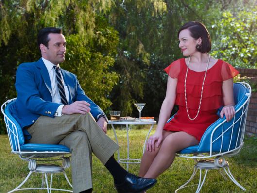 Jon Hamm as Don Draper and Elisabeth Moss as Peggy Olson - Mad Men _ Season 7B, Gallery _ Photo Credit: Frank Ockenfels 3/AMC