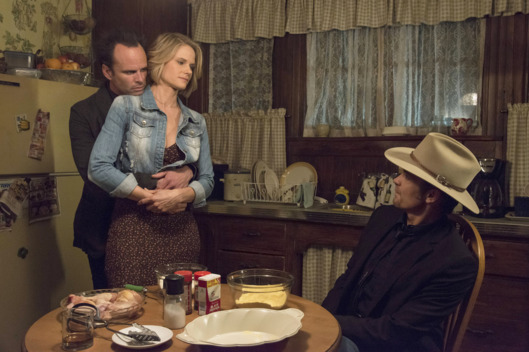 "JUSTIFIED -- ""Alive Day"" -- Episode 606 (Airs Tuesday, February 24, 10:00 pm e/p) -- Pictured: (L-R) Walton Goggins as Boyd Crowder, Joelle Carter as Ava Crowder, Timothy Olyphant as Deputy U.S. Marshal Raylan Givens -- CR: Prashant Gupta/FX"
