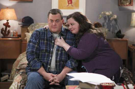 """To Have and Withhold"" --Molly has writers block and she might loose her big advance if she doesn\'t cure it fast, on MIKE & MOLLY, Monday, Dec. 15 (8:30-9:00 PM, ET/PT) on the CBS Television Network.   Pictured L-R: Billy Gardell as Mike Biggs and Melissa McCarthy as Molly Flynn Photo: Sonja Flemming/CBS ?'??2014 CBS Broadcasting, Inc. All Rights Reserved"