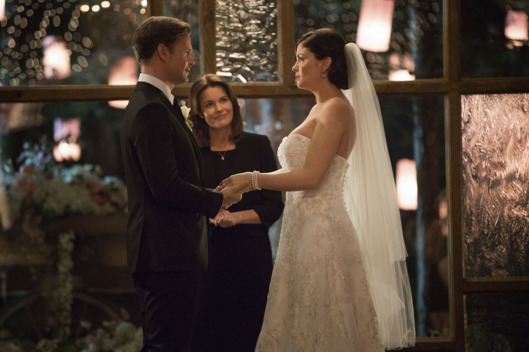 "Vampire Diaries -- ""I\'ll Wed You in The Golden Summertime"" -- Image Number: VD621b_0074.jpg -- Pictured (L-R): Matt Davis as Alaric and Jodi Lyn O\'Keefe as Jo -- Photo: Bob Mahoney/The CW -- ?'?? 2015 The CW Network, LLC. All rights reserved."