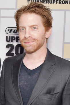 seth green eye color